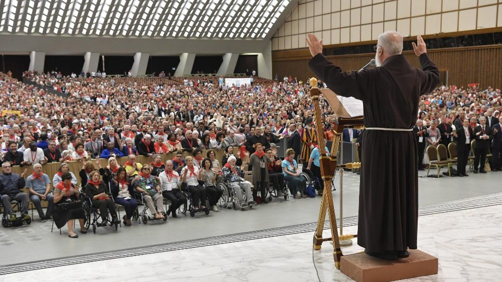 agora-os-membros-da-rcc-ja-tem-a-sua-propria-igreja