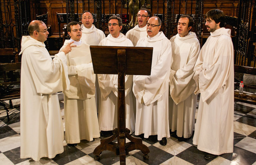 cantos-gregorianos