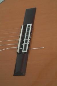 Trocar cordas de violão 1